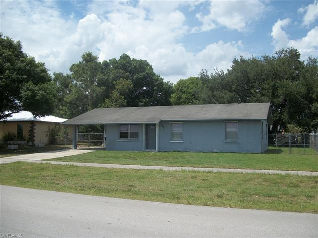 811 W Aztec Ave, Clewiston, FL 33440