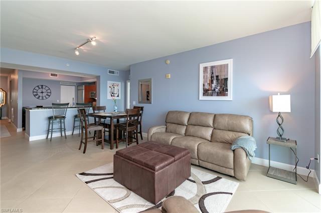 3000 Oasis Grand Blvd 2202, Fort Myers, FL 33916