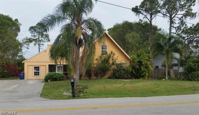 18653 Spruce Dr W, Fort Myers, FL 33967