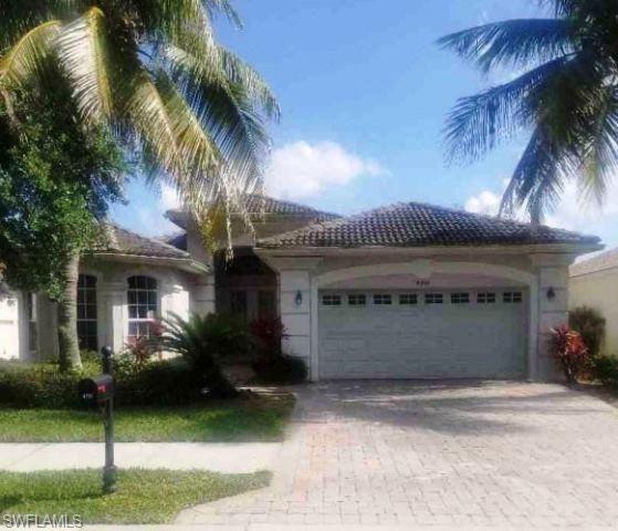 4919 Cerromar Dr, Naples, FL 34112
