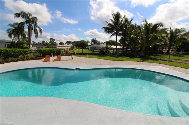 5981 Adele Ct, Fort Myers, FL 33919