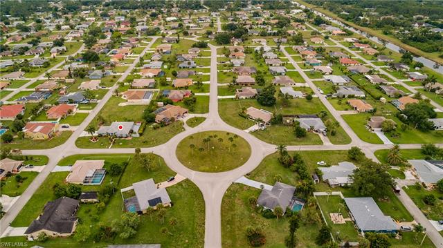 206 Kingston St, Lehigh Acres, FL 33936