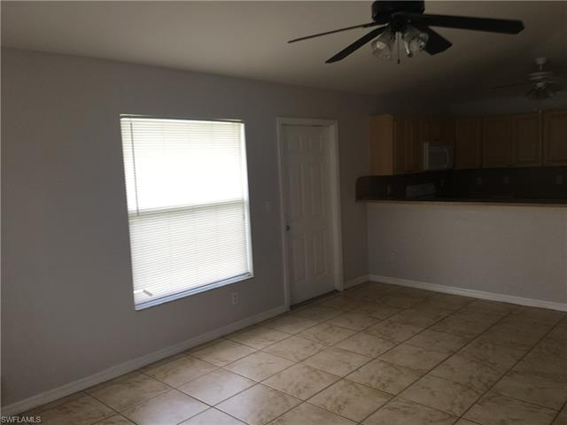 716/718 Ichabod Ave S, Lehigh Acres, FL 33973