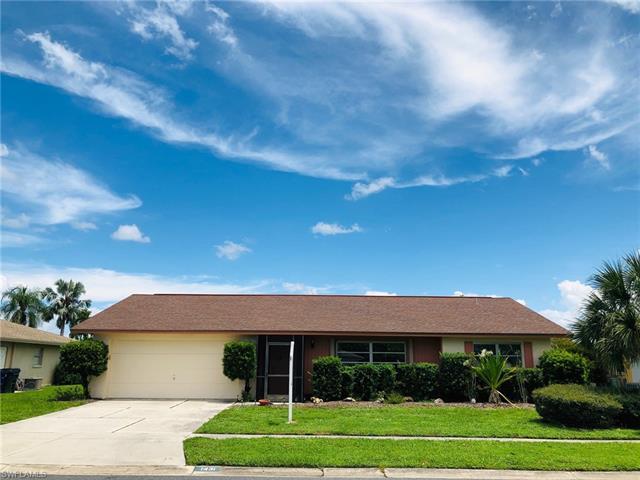 1431 N Larkwood Sq, Fort Myers, FL 33919
