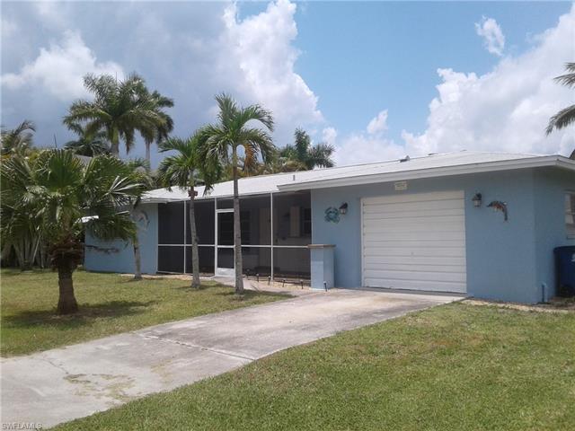 2668 Clyde St, Matlacha, FL 33993