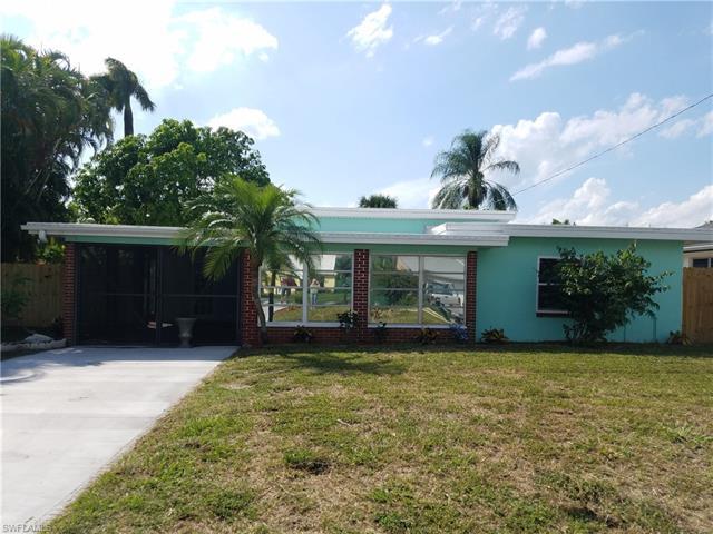 34 Estate Dr, North Fort Myers, FL 33917
