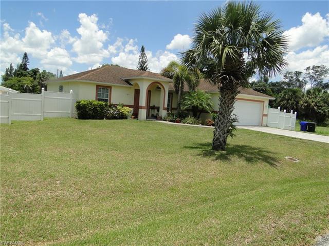 2310 Davis St, Fort Myers, FL 33916
