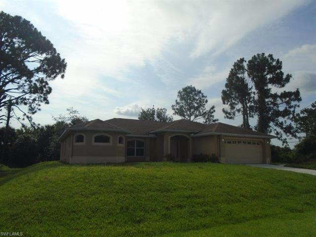 709 Oro Ave S, Lehigh Acres, FL 33974