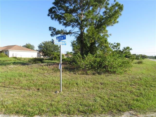 5002 Butte St, Lehigh Acres, FL 33971