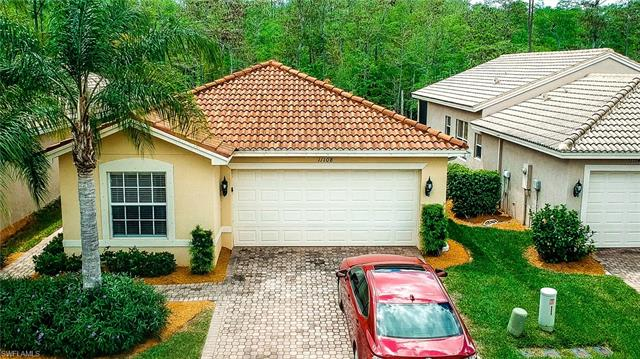 11108 Yellow Poplar Dr, Fort Myers, FL 33913