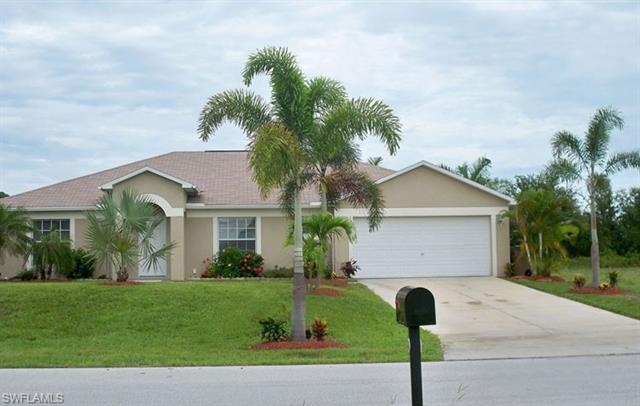 1826 Sw 8th Pl, Cape Coral, FL 33991