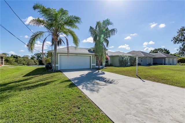 17454 Tallulah Falls Rd, North Fort Myers, FL 33917