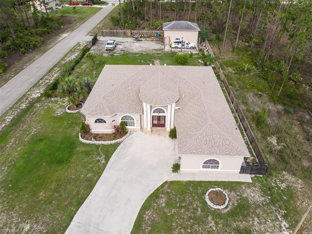 822 Wellington Ave, Lehigh Acres, FL 33972