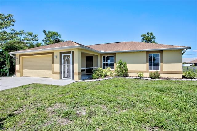 1520 Ne 17th Pl, Cape Coral, FL 33909