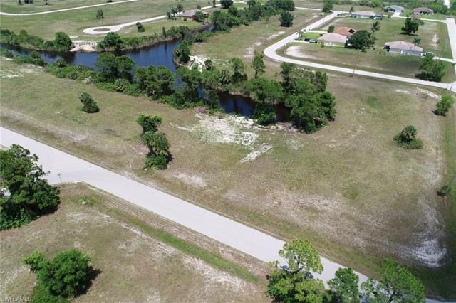 3723 Nw 38th Ave, Cape Coral, FL 33993