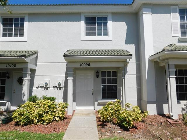 10096 Poppy Hill Dr, Fort Myers, FL 33966