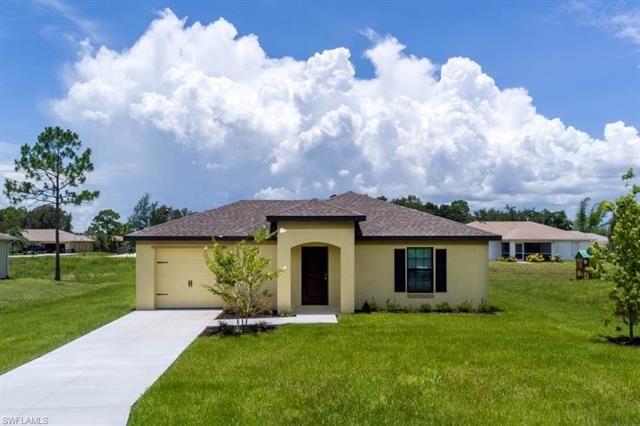 108 Zoboro Cir, Fort Myers, FL 33913