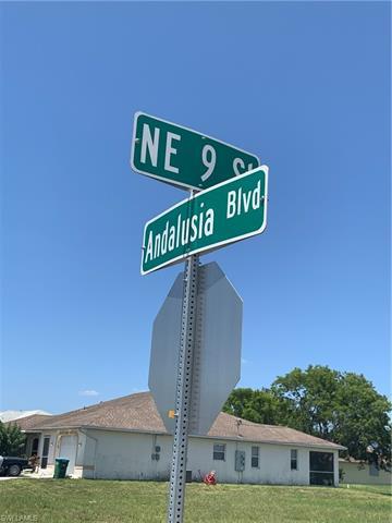 901 Andalusia Blvd, Cape Coral, FL 33909