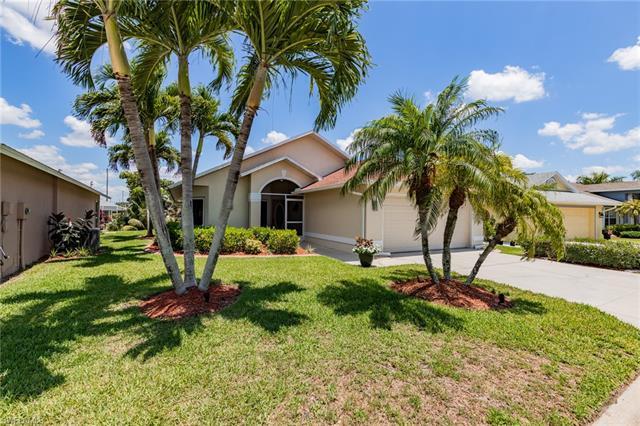 9388 Palm Island Cir, North Fort Myers, FL 33903