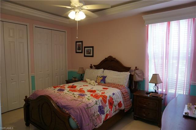 1233 Ne 14th Pl, Cape Coral, FL 33909