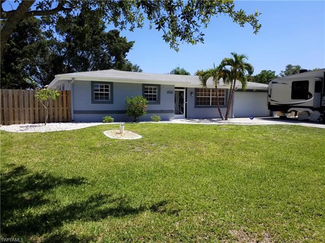 1609 N Mayfair Rd, Fort Myers, FL 33919