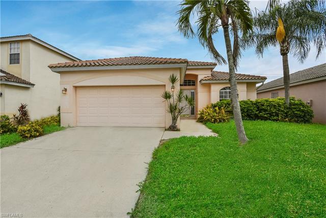 11248 Lakeland Cir, Fort Myers, FL 33913