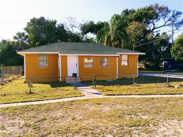 2022 Cuba St, Fort Myers, FL 33916