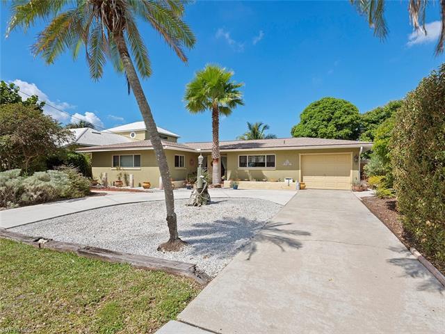 5114 Santa Rosa Ct, Cape Coral, FL 33904