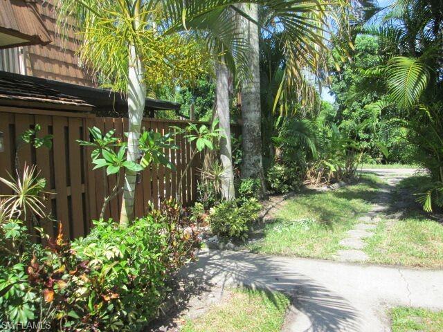 5236 Cedarbend Dr 4, Fort Myers, FL 33919