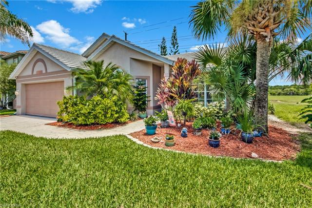 12821 Eagle Pointe Cir, Fort Myers, FL 33913