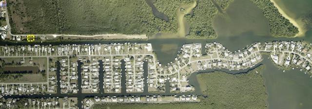 2831 Cussell Dr, St. James City, FL 33956