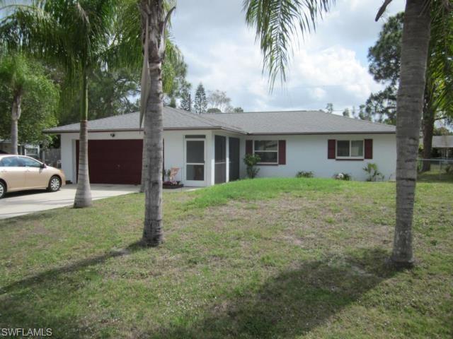 18665 Sarasota Rd, Fort Myers, FL 33967