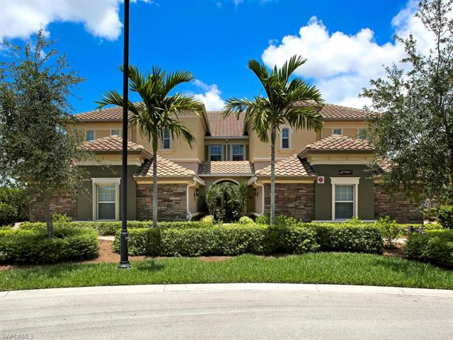 8791 Coastline Ct 102, Naples, FL 34120