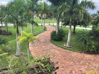 11957 Princess Grace Ct, Cape Coral, FL 33991