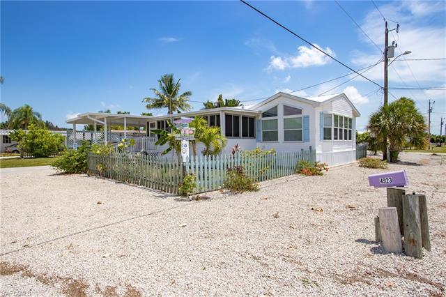 4923 Flamingo Dr, St. James City, FL 33956