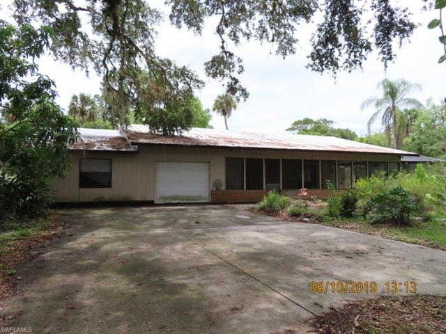 1188 Townsend Ln, Moore Haven, FL 33471