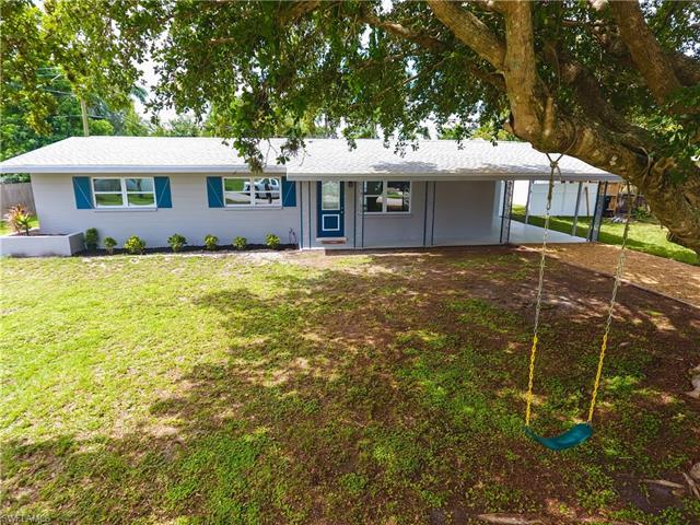 1432 Davis Dr, Fort Myers, FL 33919