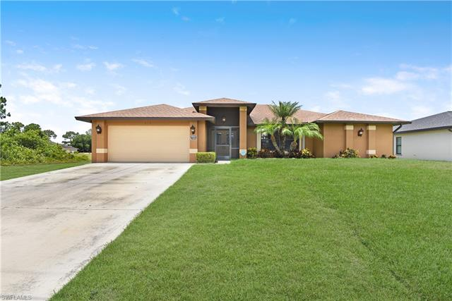 825 Anson Ave, Lehigh Acres, FL 33971