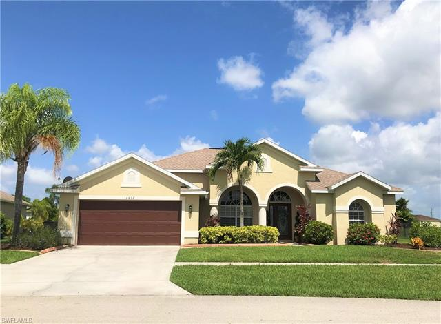 4632 Varsity Cir, Lehigh Acres, FL 33971