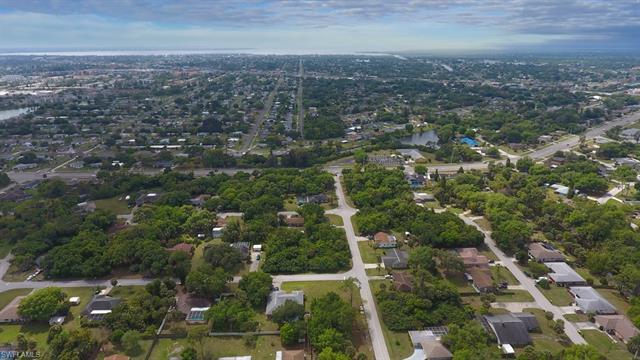 1594 Yancy St, Port Charlotte, FL 33952