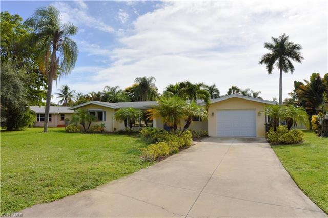 6231 Saint Andrews Cir N, Fort Myers, FL 33919