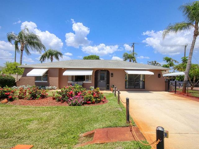 17387 Ithaca Dr, Fort Myers, FL 33967