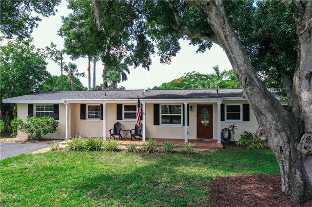 1842 Grove Ave, Fort Myers, FL 33901