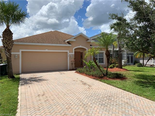 8125 Silver Birch Way, Lehigh Acres, FL 33971
