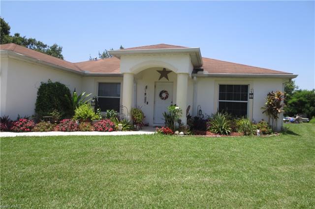 2711 Parkview Dr, Fort Myers, FL 33905