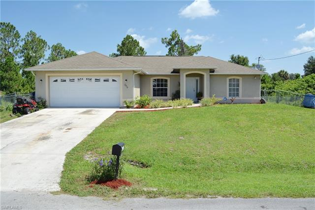 2910 5th St Sw, Lehigh Acres, FL 33976