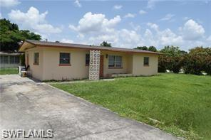 2415 Kennesaw St, Fort Myers, FL 33901