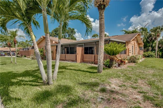 5629 Foxlake Dr, North Fort Myers, FL 33917