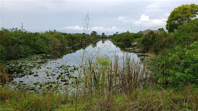 2711 Ne 1st Ave, Cape Coral, FL 33909