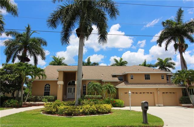 5541 Natoma Dr, Fort Myers, FL 33919